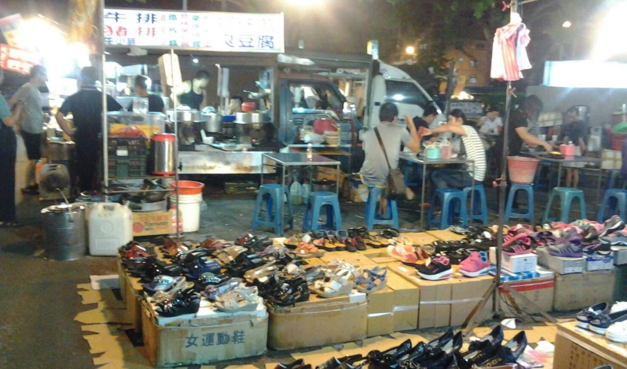 每星期五上海路夜市